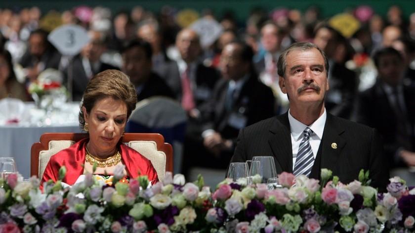 Vicente Fox y Martha Sahagún.(AP, YONHAP NEWS AGENCY)