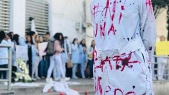 Salvamos vidas, protejan la nuestra: Alumnos de medicina exigen justicia