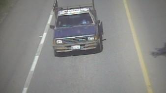 Arco lector de placas detecta vehículo robado