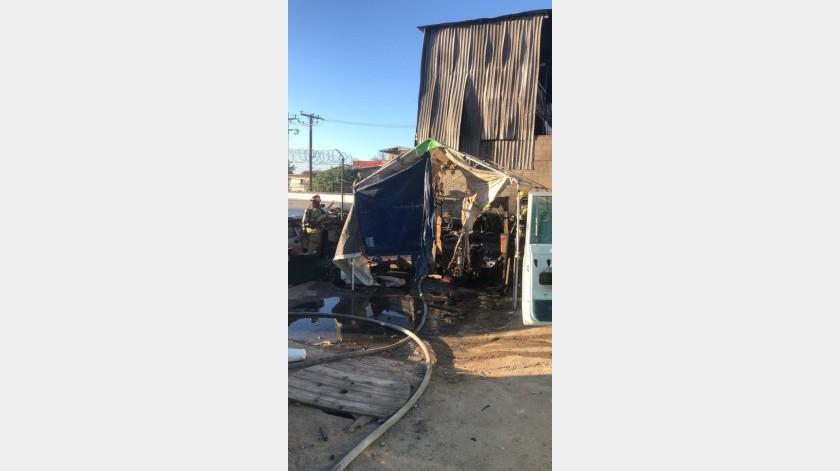 Incendio en Mariano Matamoros moviliza a personal de bomberos