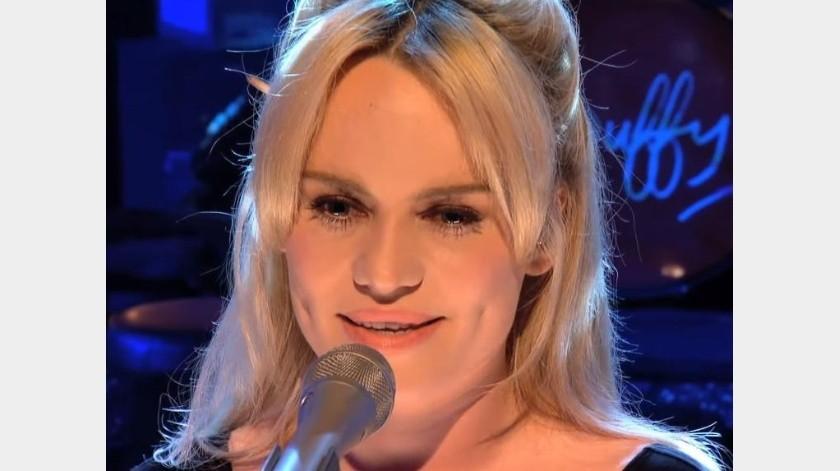La cantante permaneció retirada de los escenarios por años.(Captura del vídeo)