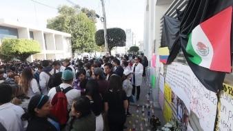 Estudiantes de la BUAP realizan paro por multihomicidio