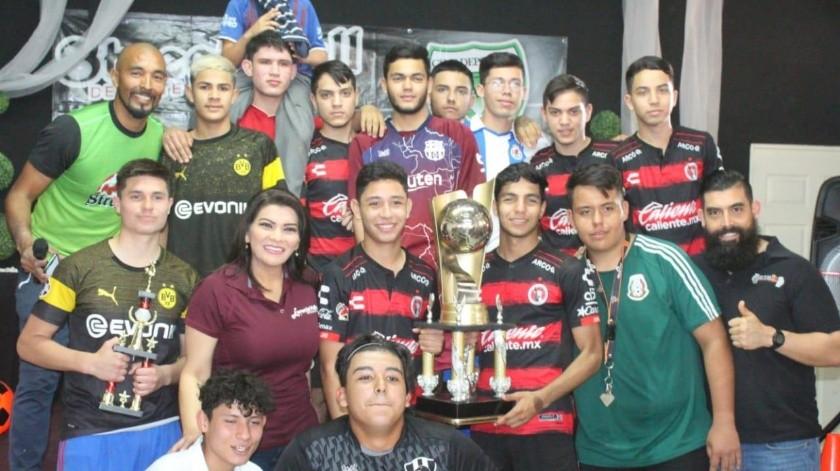 Río de Plata celebra título en Vida AC(Banco Digital)