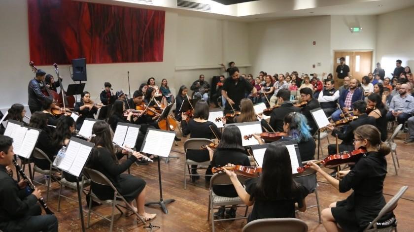 Con la participación de la Orquesta Redes Cerro Colorado se presentó a la convocatoria a la comunidad.(Cortesía)