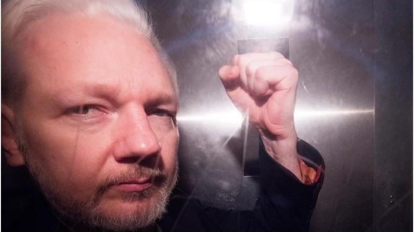 """Posponen juicio contra Assange, señalado de """"conspirador"""" por varios gobiernos del mundo(EFE)"""