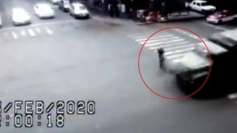 Vehículo militar arrolla a ciclista en CDMX