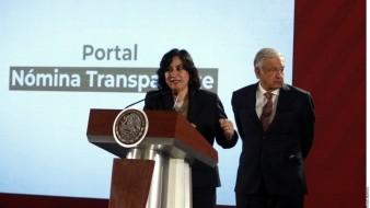 Irma Eréndira Sandoval (izq.), titular de la Secretaría de la Función Pública y Andrés Manuel López Obrador (der.), presidente de México