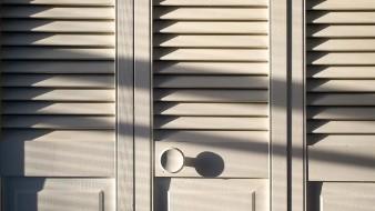 Menor muere tras ser encerrado en armario junto a su hermano por sus padres