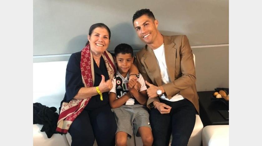 Madre de Cristiano informó que se recupera favorablemente en hospital.(Instagram)