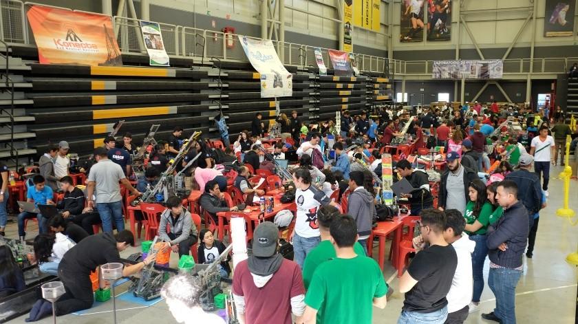 Batalla tecnológica reúne a más de 300 jóvenes(Pablo Hurtado)