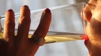 Sube consumo de alcohol y drogas en mujeres: CIJ