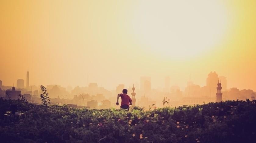 """Otro estudio encontró una conexión entre la """"exposición reciente a la contaminación del aire relacionada con el alto tráfico (TRAP)"""" y la salud mental de los niños(Pixabay.)"""