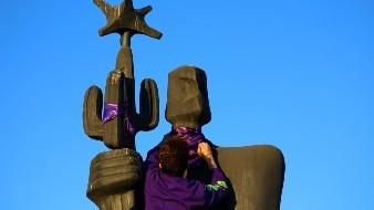 Denunciarán daños a monumento en marcha femenina