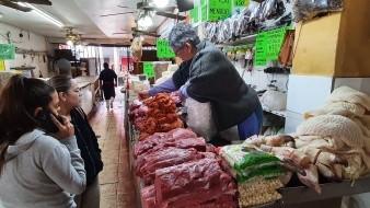 Muy pocas mujeres no trabajaron en el Mercado Municipal de Hermosillo, este lunes 9 de marzo.