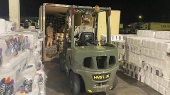 Con montacargas, militares decomisan toneladas de mariguana en Querobabi