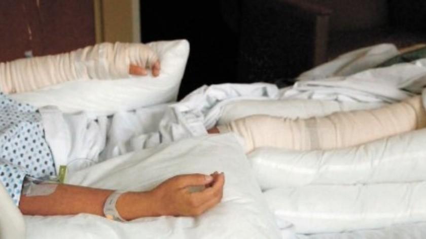 Berenice Fregoso, fotógrafa de EL UNIVERSAL, resultó con quemaduras por la explosión de una bomba molotov.(El Universal)