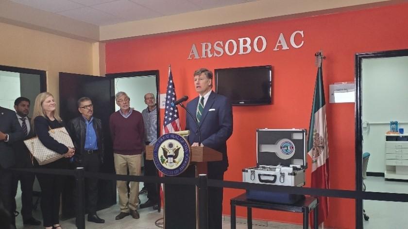 Embajador de EU, Christopher Landau, hace visita a Nogales