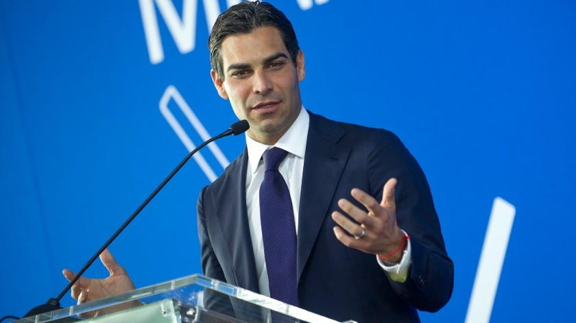 El alcalde de Miami tiene coronavirus tras reunirse con comitiva de Bolsonaro.(EFE, EFE/EFE)