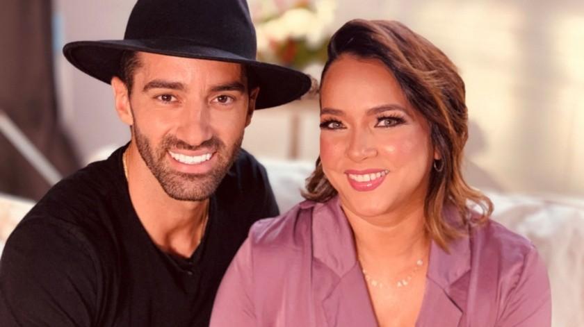 Adamari López  y su actual pareja, el coreógrafo español Toni Costa.(EFE)