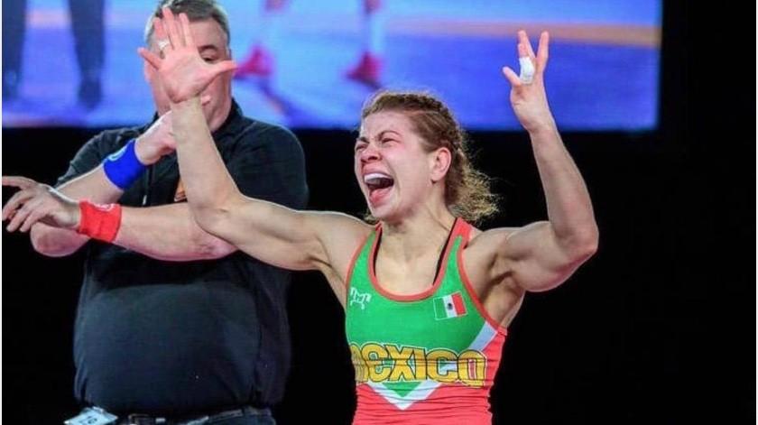 Alma Valencia se convierte en la primer mexicana en clasificar a JJ. OO. en lucha(Twitter)