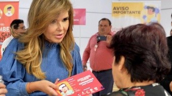 Gobernadora supervisa módulos en el aeropuerto