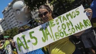 Pese a restricción por coronavirus, Bolsonaro acude a evento