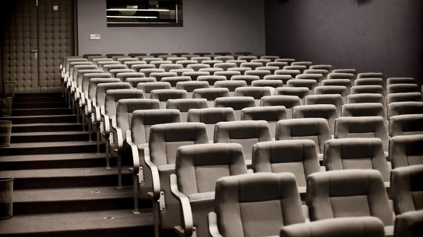 Algunos cines dijeron que no llenarían las salas a más de 50% de su capacidad para facilitar el distanciamiento social.(Pixabay)