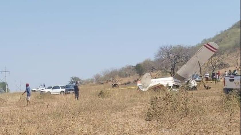 Desplome de avioneta en Michoacán deja un muero(Twitter @MICHOACANSSP)