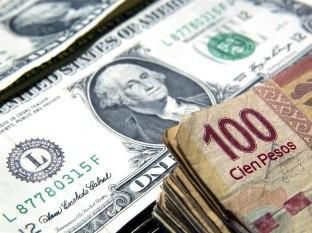 Por primera vez en la historia, dólar supera los 23 pesos