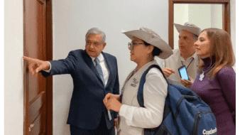 INEGI censa a AMLO y a Beatriz Gutiérrez en el Palacio Nacional