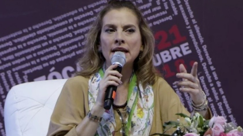 Beatriz Gutiérrez regresa a Twitter por coronavirus(El Universal)