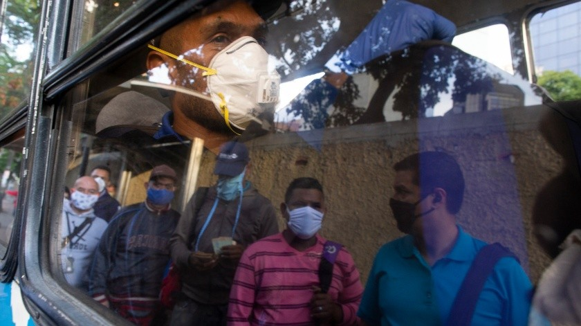 El Gobierno jordano ordenó este martes que la población se quede en sus casas, como parte de una batería de medidas para evitar la expansión del coronavirus en el país.(AP)