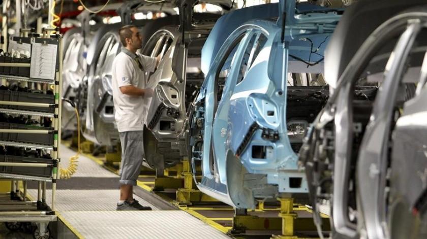 Fiat Chrysler igualmente ha indicado a sus empleados que pueden realizar sus funciones desde sus hogares que trabajen de forma remota.(EFE)