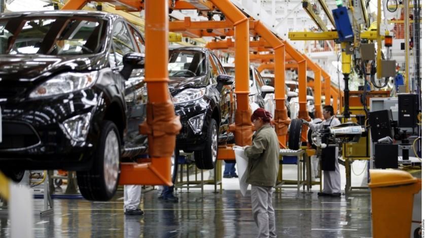 Las plantas de Ford tanto en México, Estados Unidos y Canadá cerrarán a partir de este jueves por la noche.