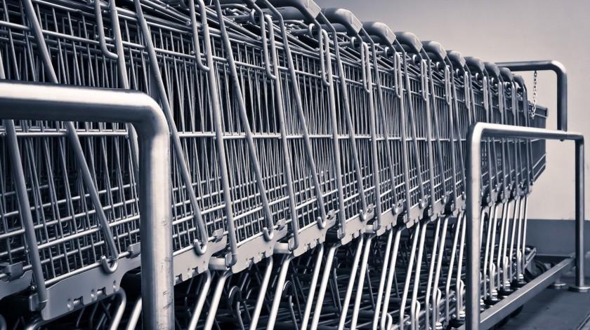Esto se le ocurrió a la cadena Auchan. Sus clientes ahora no tienen que caminar por la tienda en absoluto: todos los productos más necesarios se dejan en un carrito especial que se puede comprar en su totalidad.(Pixabay.)