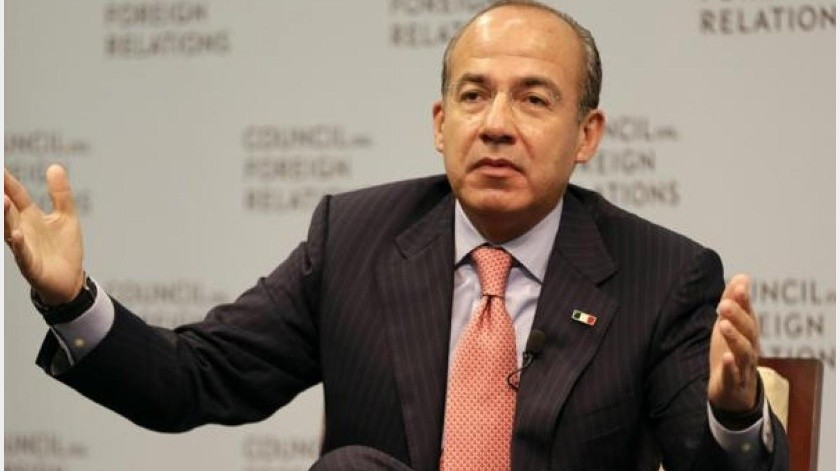 Critica Felipe Calderón uso de símbolos religiosos ante coronavirus(GH)