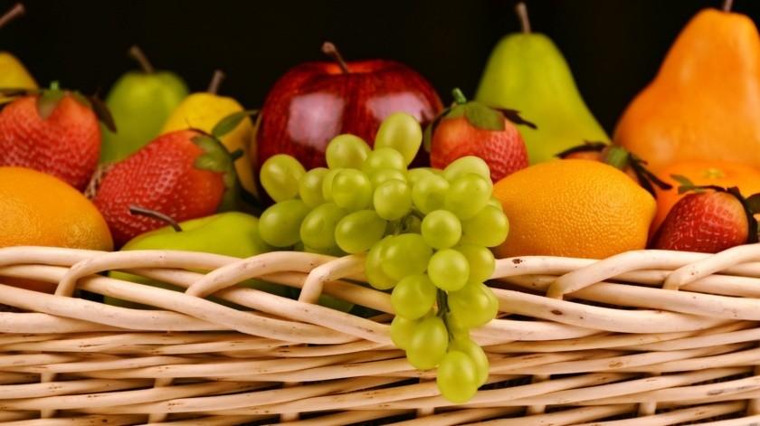 En la época de invierno la naturaleza ofrece alimentos caloríficos y en verano más refrescantes.(Pixabay.)