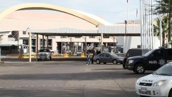 Fuerte movilización sanitaria en Garita Puerta de México por deportada enferma