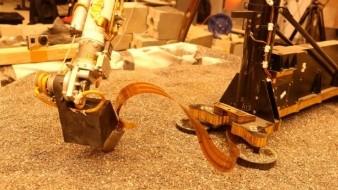 Sonda térmica de la Mars Insight está perforando el suelo en Marte