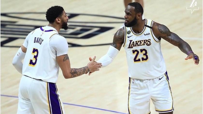 Lakers confirma a dos jugadores positivos por coronavirus(Instagram @lakers)