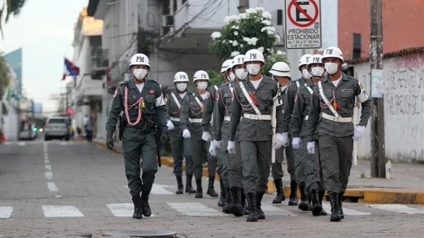 Bolivia anunció esta mañana que cerrará sus fronteras ante el brote de coronavirus.(EFE)