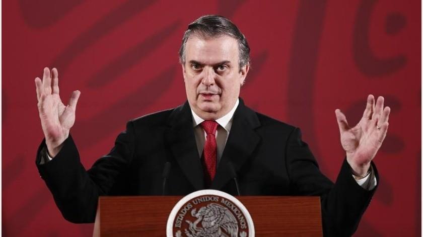 El canciller mexicano, Marcelo Ebrard, anunció que México recibirá a los solicitantes de asilo que rechace EU ante pandemia por COVID-19.(EFE)