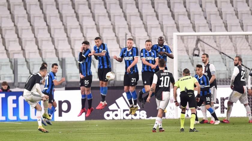 Equipos de la Serie A podrían reducir salario de jugadores ante la crisis por Covid-19.(EFE)