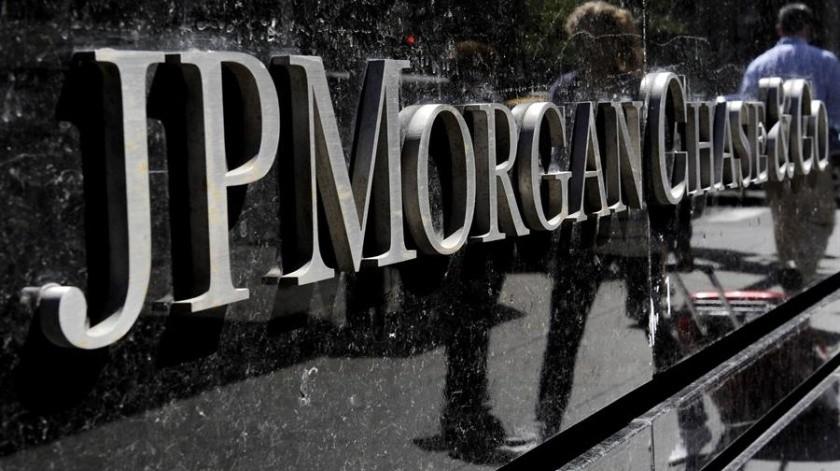 El banco JP Morgan prevé una caída de 15.5% en la economía de México.(EFE)