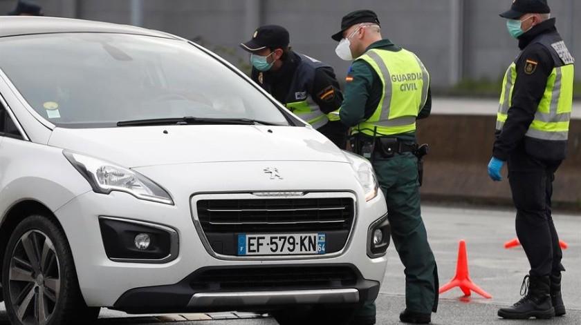 Mujer con Covid-19 escupe a Guardia Civil al ser detenida(EFE)