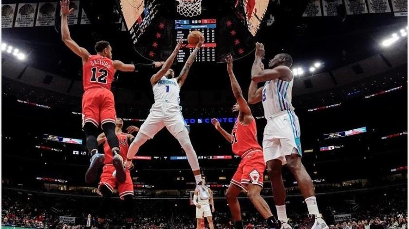 Sueldos de jugadores serán cubiertos por la NBA el 1 de abril(EFE)