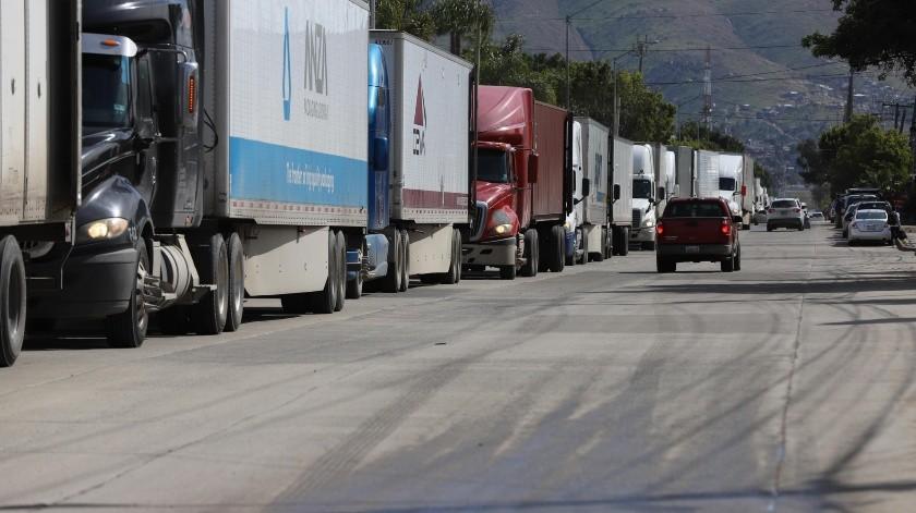 Transportistas señalan que proceso de cruce se da sin modificación(Sergio Ortiz)