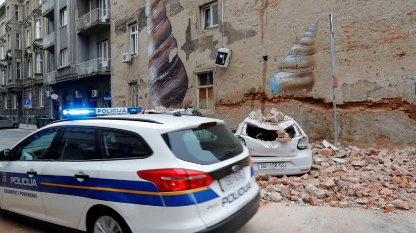 Los sismos de 5 y 5.5 grados dejaron varios heridos en medio del confinamiento por el Covid-19.