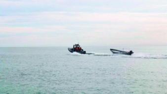 Panga de pescadores se hunde en el Golfo, muere uno y otro está desparecido