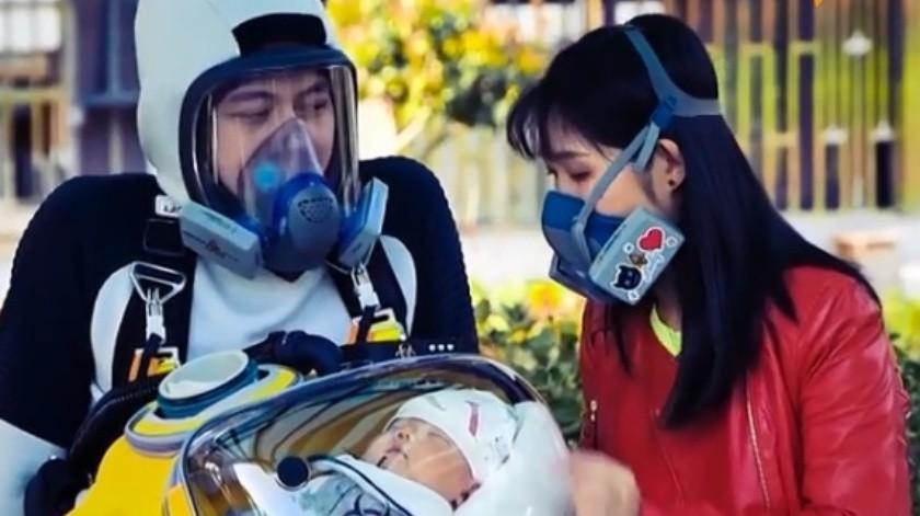 De acuerdo a una nota publicada por Sputnik Mundo, el hombre originario de China diseño una cápsula sellada inspirada en un popularvideojuego de Hideo Kojima 'Death Stranding'.(Captura.)